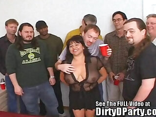 bukkake - Susies Gang Bang With Dirty D