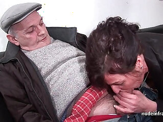 voyeur - Amateur hard DP and facialized in with Papy Voyeur