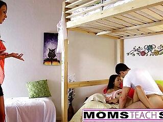 daddy, daughter, mom, mom and son, stepmom